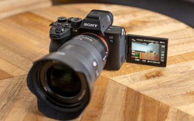 Kamera Mirrorless Full Frame Sony A7S Mark III Dengan Layar Sentuh